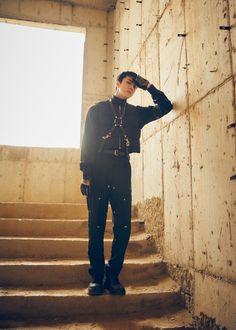 EXO : Photos et vidéos teasers de Sehun pour le comeback du groupe – K-GEN Baekhyun Chanyeol, Exo K, Exo Chen, Kai, Luhan And Kris, Motion Poster, Exo Album, Kim Jongdae, Gothic Fashion