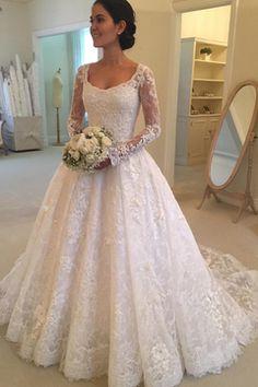 2017 de manga larga Scoop Tulle con Applique una línea de tren tribunal vestidos de novia