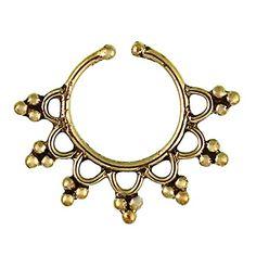 Chic-Net Septum Piercing anelli di naso finto inchina triangoli ottone nichelato oro libero orecchino esotico antico Chic-Net http://www.amazon.it/dp/B00PIW0USC/ref=cm_sw_r_pi_dp_Khghvb0SY9PN7
