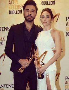 Pantene Altın Kelebek Ödülü Öykü Karayel Gökhan Alkan ~En iyi dizi ödülü ve en iyi kadın erkek oyuncular~