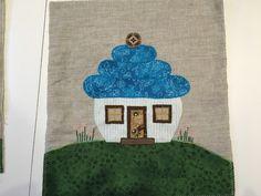 Hus fra Quilt my Design - syet af Jette Karmark Hansen på mit Applikation og Broderi hold hos Speich Design.