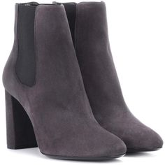 Saint Laurent LouLou 95 Suede Chelsea Ankle Boots (53.945 RUB) ❤ liked on Polyvore featuring shoes, boots, ankle booties, grey, grey chelsea boots, gray suede ankle booties, suede boots, grey suede booties and suede chelsea boots