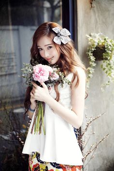 hair - Girls' Generation's Jessica becomes a spring goddess for 'At Style' Jessica Jung, Jessica & Krystal, Jessica Stam, Krystal Jung, Seohyun, Snsd, Girls Generation Jessica, Ice Princess, Flower Wallpaper