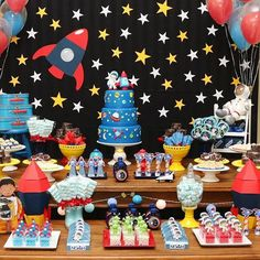 Fly me to the Moon! Don't you miss this awesome outer space astronaut 1st birthday party from Martha M. Click our profile link to see all 27 party photos! #catchmyparty #partyideas #partyevents partyplanning #desserttable #cupcakes #follow #foodie #yum #fun #cakeart #astronaut #outerspace #moon #rocket #spaceship #birthdayboy #firstbirthday #twitter