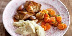 Luchtige aardappelpuree met olijfolie en gestoofde kalfslapjes
