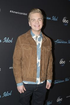 Caleb Lee Hutchinson Photos @ Reality TV World Winners And Losers, Talent Show, American Idol, Reality Tv, Idol Winners, Famous People, Bomber Jacket, It Cast, Celebrities