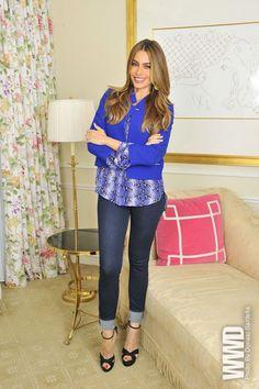 I just love Sofia Vergara. She's so pretty and I love the way she dresses