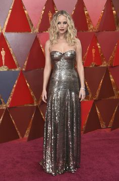 nonePrevious Oscar winner Jennifer Lawrence arrives at the Oscars on Sunday, March 4, 2018, at the Dolby Theatre in Los Angeles. (Richard Shotwell/Invision/AP)