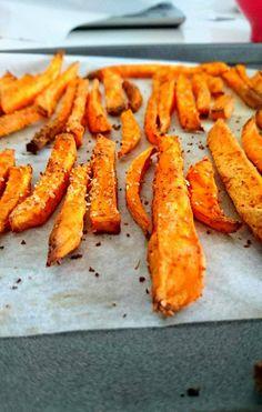 De délicieuses frites de patates douces pour une version 100% healthy ! A déguster sans modération! Sans gluten, sans lactose, paléo et vegan.