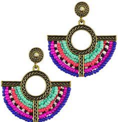 https://www.goedkopesieraden.net/Vintage-oorstekers-met-diverse-kleuren-glaskraaltjes