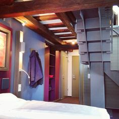 Suite Spaetburgunder Loft, Architecture, Bed, Furniture, Home Decor, Homemade Home Decor, Stream Bed, Lofts, Home Furnishings