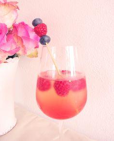 Blueberry / Raspberry Cocktail ❤ on http://www.lovely-joys.de/