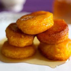 Pampoenkoekies - traditional South African pumpkin fritters, eaten either sweet with caramel or cinnamon sugar, or savory as an appetizer. Pastry Recipes, Baking Recipes, Snack Recipes, Snacks, Potluck Recipes, Oven Recipes, Cake Recipes, Dessert Recipes, South African Desserts