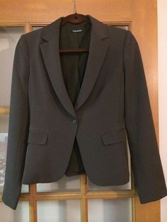 Pre-owned in Clothing, Shoes & Accessories, Women's Clothing, Suits & Blazers