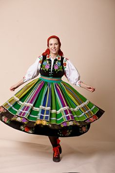 Regional costumes from Łowicz, Poland [source]. Polish Music, Polish Folk Art, Poland Costume, Folk Costume, Costumes, Polish Clothing, Drawing Clothes, Fashion Plates, Traditional Dresses