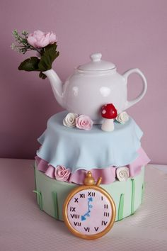 Alice in Wonderland cake-gorgeous!