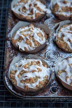Apple Crisp Muffins with Cinnamon Drizzle