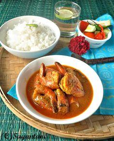 Prawn in spicy coconut milk gravy