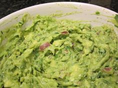 Simple, Creamy, Perfect Guacamole [Recipe] - Slow Carb Diet Experiments