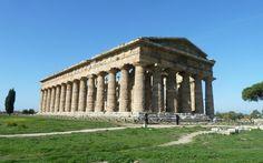 Neptune temple (Paestum, Italy) actualy predates acropolous in Athens