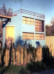 Frida Kahlo's half of the O'Gorman house and the surrounding cactus fence.