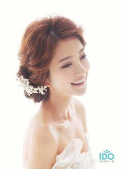 KOREAN WEDDING PHOTO – HAIR & MAKEUP STYLE
