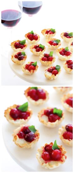 Super-Easy Cranberry Baked Brie Bites Recipe