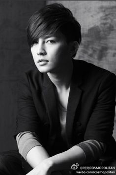Image shared by ▌║▌║. Find images and videos about aaron yan on We Heart It - the app to get lost in what you love. Aaron Yan, Taiwan, Handsome Actors, Cute Actors, Korean Celebrities, Celebs, Sexy Asian Men, Perfect Smile, Flower Boys