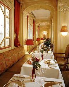 Best Hotels in New York City: Hôtel Plaza Athénée, New York Hotels And Resorts, Best Hotels, Luxury Hotels, The Marriage Bed, Room Reservation, New York, Elegant Dining, Luxury Travel, Modern Design