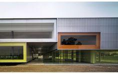 AF6 Arquitectos || Edificio para 24 aulas y departamentos. Universidad Pablo de Olavide. (Sevilla, España)