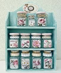 Wonderful Shabby Chic Home Interior Ideas Creative Tricks Can Change Your Life: Shabby Chic Salon Deco shabby chic wall decor. Shabby Chic Salon, Shabby Chic Sofa, Shabby Chic Tapete, Shabby Chic Zimmer, Shabby Chic Wall Decor, Shabby Chic Living Room, Shabby Chic Bedrooms, Shabby Chic Homes, Shabby Chic Furniture