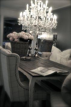 AhMaZing chandelier!