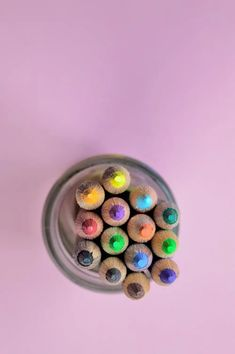 Arts And Crafts For Adults, Easy Arts And Crafts, Arts And Crafts Projects, Pencil Art, Pencil Drawings, Face Drawings, Les Doodle, Thalia, Arts And Crafts Interiors