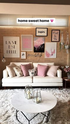 Inspirational ideas about Interior Interior Design and Home Decorating Style for Living Room Bedroom Kitchen and the entire home. Curated selection of home decor products. Studio Interior, Decor Interior Design, Interior Design Living Room, Living Room Designs, Living Room Decor, Bedroom Decor, Interior Sketch, Interior Livingroom, Cafe Interior