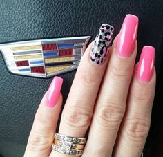 Pink solar nails with cheetah design