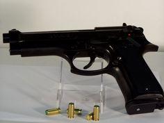 News Taranto. Trovata pistola nella Facoltà di Economia