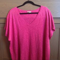 EILEEN FISHER Short Sleeve Knit V Neck Top Beautiful pink knit top by Eileen Fisher! Material has great texture for added style, and ribbed cuffs, hem and collar. 56% linen 44% cotton hand wash. Good used condition, with some signs of pilling and wear, but no stains or rips. Measurements upon request. Eileen Fisher Tops