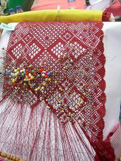 Trobada de Puntaires Cerdanyola Roser de Maig -2010 - MªCarmen(Blanca) - Álbumes web de Picasa