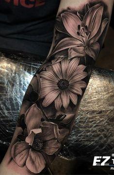 75 Images of Female Arm Tattoos – Photos and Tattoos Tattoo İdea 75 Bilder von weiblichen Arm Tattoos – Fotos und Tattoos Custom Design Tattoo Ideen Easy Half Sleeve Tattoos, Forearm Sleeve Tattoos, Best Sleeve Tattoos, Tattoo Sleeve Designs, Female Tattoo Sleeve, Lily Tattoo Sleeve, Portrait Tattoo Sleeve, Daisy Tattoo Designs, Lily Tattoo Design