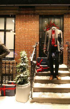 GANT Christmas Shop Windows London! visual merchandising