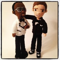 craftyiscool: Backstage pic of Bromley Timberlake on McConnell Night With Jimmy Fallon! In honor of Timberweek starting to re-air today, heres yarn Frank Knuckles and yarn JT hanging out backstage! Crochet Dolls, Knit Crochet, Crochet Hats, Crochet Music, Jimmy Fallon, Amigurumi Doll, Hanging Out, Backstage, Crafty