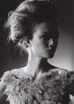 ella moda BRIDAL HAIR + MAKE-UP | Upswept hair http://ellamodabrides.blogspot.com.au/