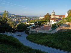 https://flic.kr/p/8V9hZq | Approachng Melk Abbey | Benedictine Abbey in Austria