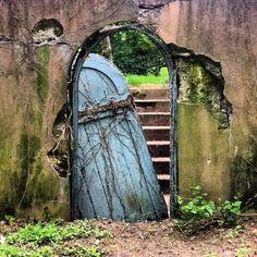 gates | Found on beautiful-portals.tumblr.com