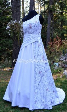 Beautiful Truetimber camo & beaded lace Wedding dress- Custom made to fit you- WeddingsByBecky.com