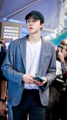 181119 - EXO Sehun at ICN airport departure for Taipei, TAIWAN (TPE) to film the new EXO reality show with the other members.