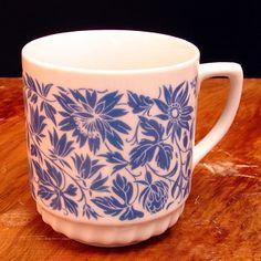 Porcelain, Mugs, Retro, Tableware, Porcelain Ceramics, Dinnerware, Cups, Mug, Dishes