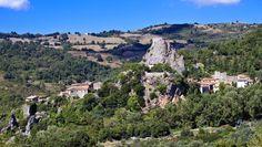 Da+Roccalbegna+a+Rocchette+di+Fazio+tra+storia,+trekking+e+natura