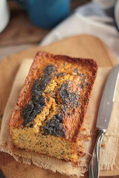Cake aux flocons d'avoine, carotte et citron http://www.maryseetcocotte.com/2016/03/08/flocons-davoine-carotte-citron-tout-ca-dans-un-cake/