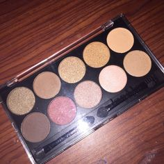 Forever 21 Makeup Palette New, only opened to show colors. Cheaper on Ⓜ️ercari Forever 21 Makeup Eyeshadow